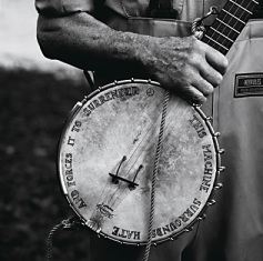 Credit: Annie Leibovitz. Pete Seeger, Clearwater Revival, Croton-on-Hudson, NY, 2001